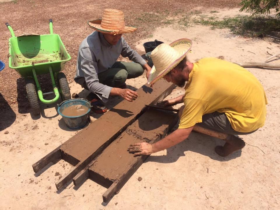 Construções, mão de obra e sustentabilidade em ecovilas